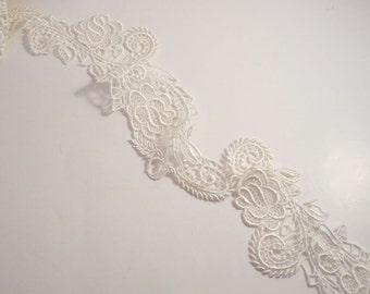 SPECIAL--Ivory Delicate Florentine Design Venise Lace Trim--One Yard