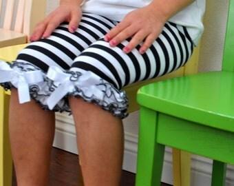 Black & White Stripe Capri Leggings with Ruffles / Baby Girls Leggings---0M-18M