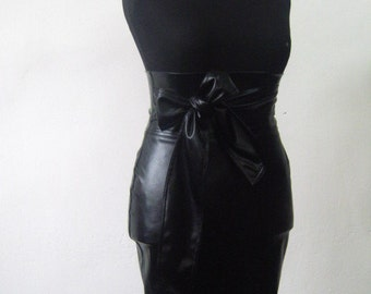 Elegant ladies leather skirt with high waist