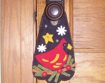 Cardinal Door Hanger