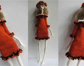 Doll-Chateau KID: Off-Shoulder Half-Sleeved Sheath Dress with Matching Hat