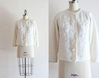 Vintage Knit Cardigan / White Cardigan Sweater / Floral Cardigan