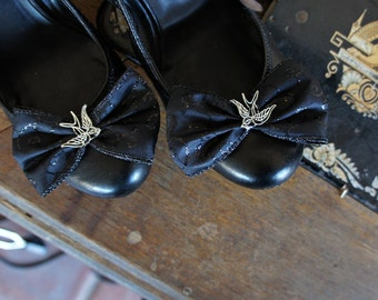 Olivia Paige - Black satin pin up goth gothic swallow rockabilly shoe clips