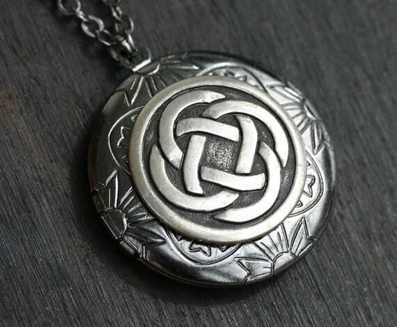 Celtic Knot Locket in Gunmetal