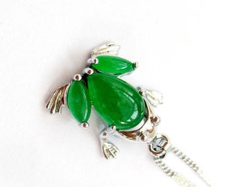 Cute Frog Toad Green Stone Silver Tone Metal Frame Pendant Necklace Chain 18mm x 17mm  T2802