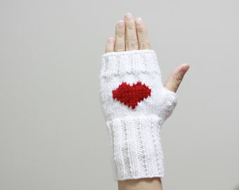 Heart gloves women, Fingerless gloves, Heart knit gloves, White heart mittens, Women white gloves, White heart gloves, Knit heart gloves
