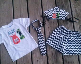 1st birthday cake smash outfit - Embroidered crown, neck-tie, shirt and shorts