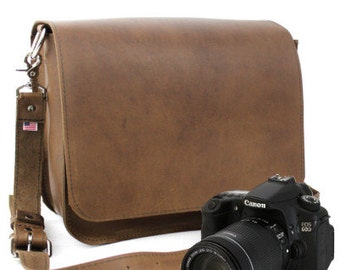 "14"" Brown Newport Mission Leather Camera Bag"