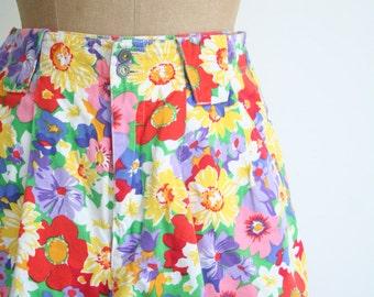10 DOLLAR SALE! // high waisted floral print shorts - bright floral shorts / Lizsport- Liz Claiborne floral shorts / 90s floral print shorts