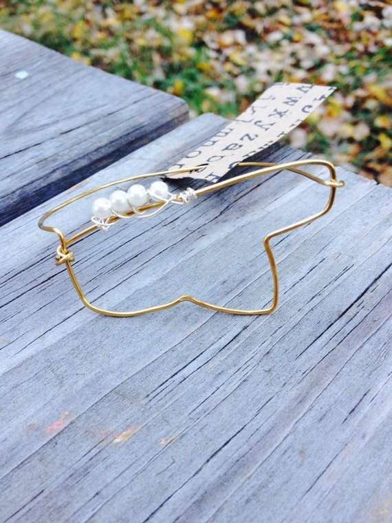 Items similar to hammered wire ms bracelet with tiny pearls on etsy