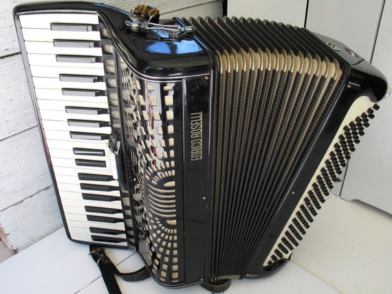 Vintage Enrico Roselli Accordion With Case Made In Italy