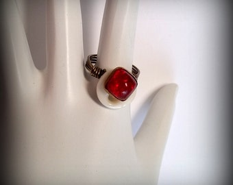 Red and White Vintage Button Wire Wrapped Ring - Bronze Wire Wrapped Ring