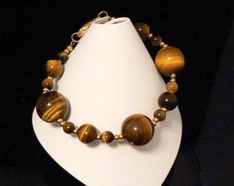 Lovely Tiger eye gemstone beaded bracelet
