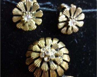 Vintage Flower Brooch and Earrings Set