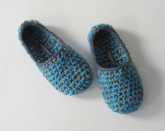 Low Rider house slippers - Crochet Slippers in emerald, teal blue