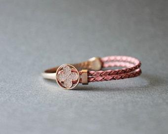 Rose Gold Plated Clover Motive leather Bracelet(Pink Leather)