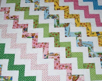Handmade Chevron Pattern Berenstain Bear's Baby or Children's Quilt in Bright Colors and White with a Pale Yellow Backing