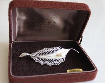 Vintage Silver Filigree Leaf w/ White Pearl Brooch / Pin Original Case