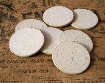 Ten Cream Vintage Poker Chips