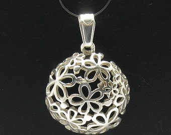 PE000419 Sterling silver pendant   925 solid  flower charm