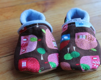 Gnome Cottaqe Baby Shoes / Toddler Soft Soled Leather Slippers Winter Shoes