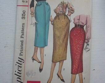 Simplicity 1950s Vintage Skirt Pattern 2196 Waist 28, Narrow Slender Skirt with Pleat, Factory Folded