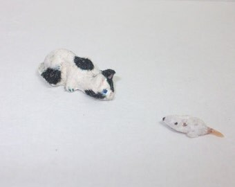 Dollhouse miniature hunter cat and mouse 1/12 scale