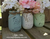 Painted Mason Jars. Vintage looking Home Decor. Distressed Vase. White/Shabby Blue/Mint Green. Wedding Decor. Cenerpiece. Baby Shower. Gift.