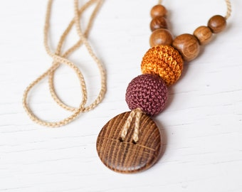 The Best Babywearing Necklace - brown & gold, oak wood