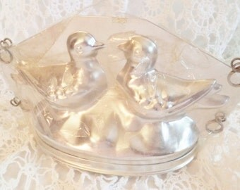 SALE PLUS COUPON Lovebirds Antique Gourmet Baking Mold by Sugar Plum for Ice Cream, Gelatin, Pate, Chololate