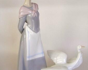 "Lladro Figurine ""Barnyard Scene"" #5659"