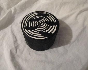 Vertigo Bats Black & White Spiral Hypnotic Keepsake Stash Box