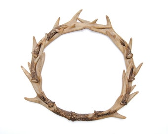 Faux Deer Antler Wreath - Natural Realistic - Stag Antler Wreath - Faux Taxidermy Home Decor - Resin Holiday Decor AW00