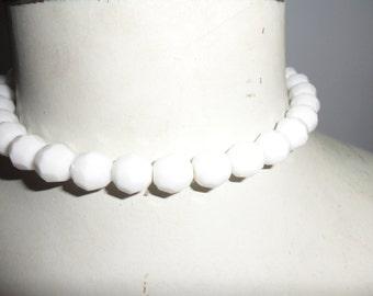 Authentic Vintage White Milk Glass Necklace