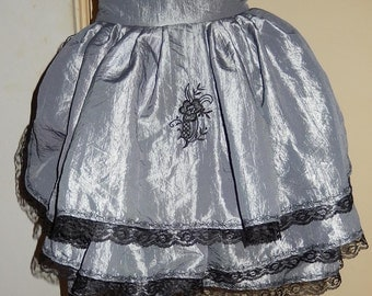 Embroideried bustle skirt