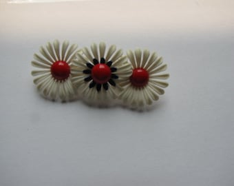 Vintage Boho Plastic Flower Power Pin Brooch Red White Navy Blue Three Flowers 1960s