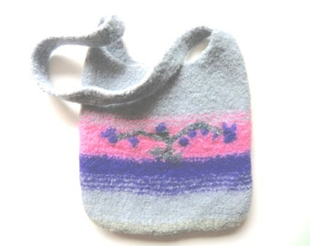 "Felt bag/tote ""Clematis"", pure new wool, knitted, felted, silver gray/grey, violet, pink, light gray/grey, dark green, OOAK, one of a kind"