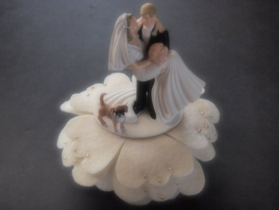wedding cake toppers bride groom and dog cake topper wedding and groom boxer ivory gold 26422