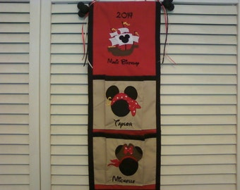 Disney Custom Sand 2-Pocket Fish Extender with Embroidered Names & Ship
