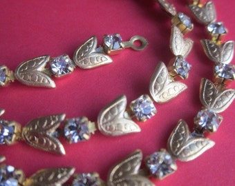 Swarovski Crystal And Lily Leaf  Rhinestone Chain