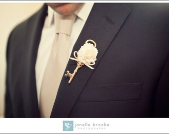 Key Boutonniere in Ivory