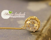 Real Flowers Encased in Resin - Pressed Flower Jewelry necklace
