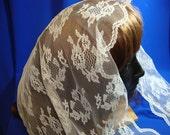 Lace Scarf, Triangle lace Mantilla, white lace mantilla, Scallop floral lace veil