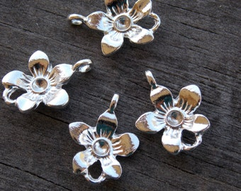 8 Silver Plated Flower Connectors 17mm