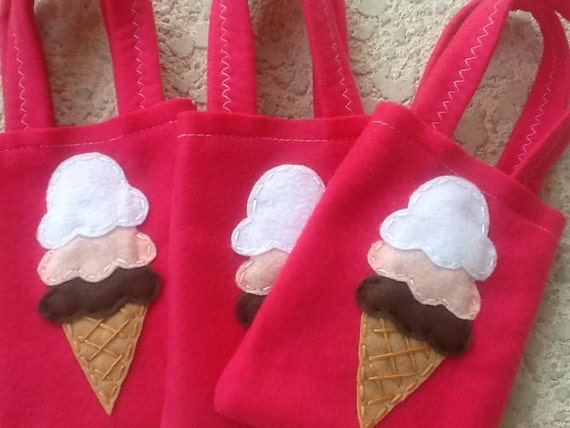 Yummy Ice creams party/felt party bags/ supplies/ Set of 4 Party bags
