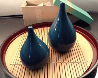Vintage 1960's Beautiful Azure Teal Blue Takahashi Wood Lacquer Salt Pepper Set In Original Box. Unused In Fine Condition, Identifier Stamp.