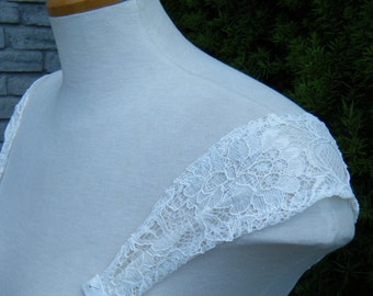 Ivory Lace Straps Detachable Handmade in Canada