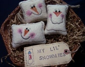 Primitive Whimsical Country Winter-Time ICE CUBE SNOWMAN Heads Ornaments Ornies