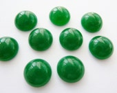 6 glass cabochons, Ø12mm, jade green, round