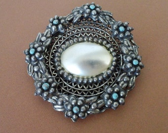 Art Nouveau Mother Of Pearl Brooch Antique Floral Bridal Fashion Jewelry